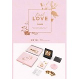 TWICE  -  2018 Season's Greetings